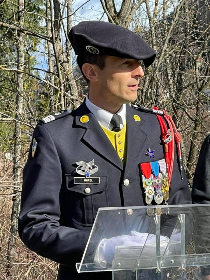 Cérémonie en hommage au lieutenant Tom MOREL