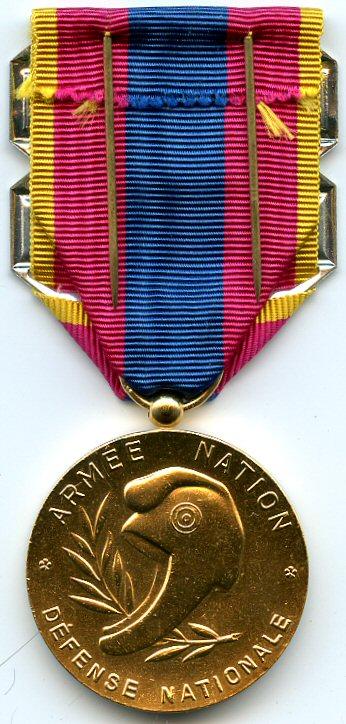 Conditions d'attribution de la médaille de la Défense nationale